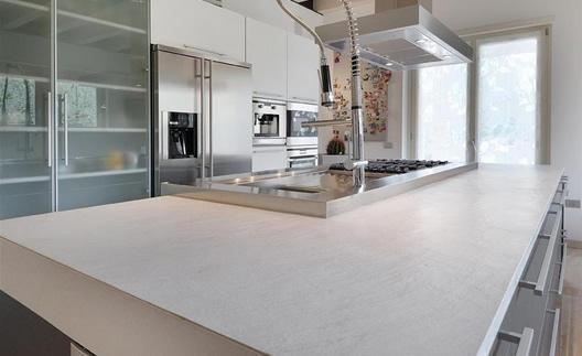 Top cucina in vari colori e lavandini in marmo navoni marmi - Lavandini in marmo per cucina ...