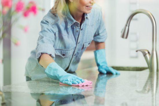 Come pulire il marmo dal calcare