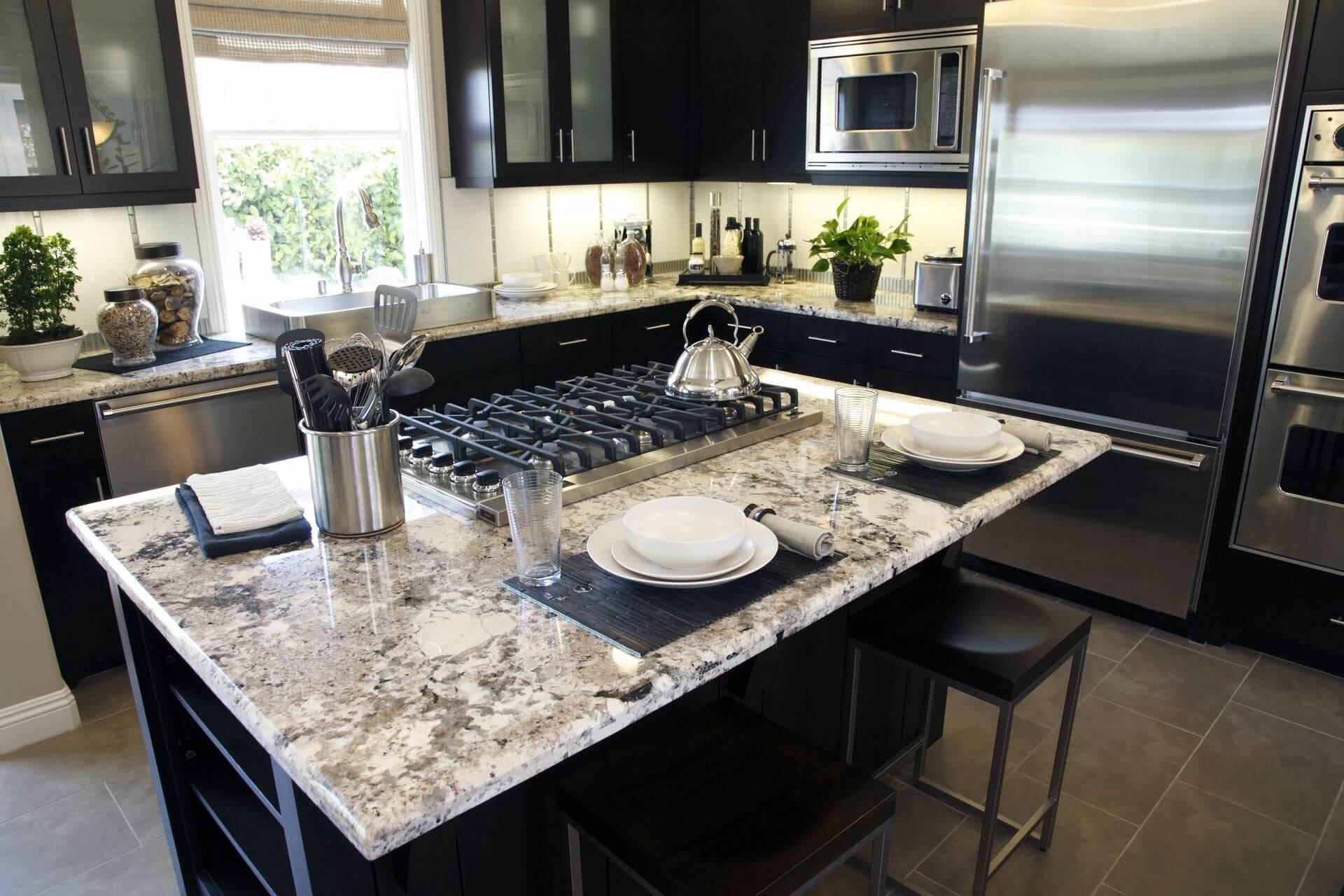 Perché scegliere il top cucina in granito: colori e proprietà - NAVONI