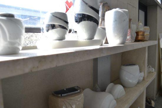 dettagli lavorazioni prodotti navoni marmi arte funeraria